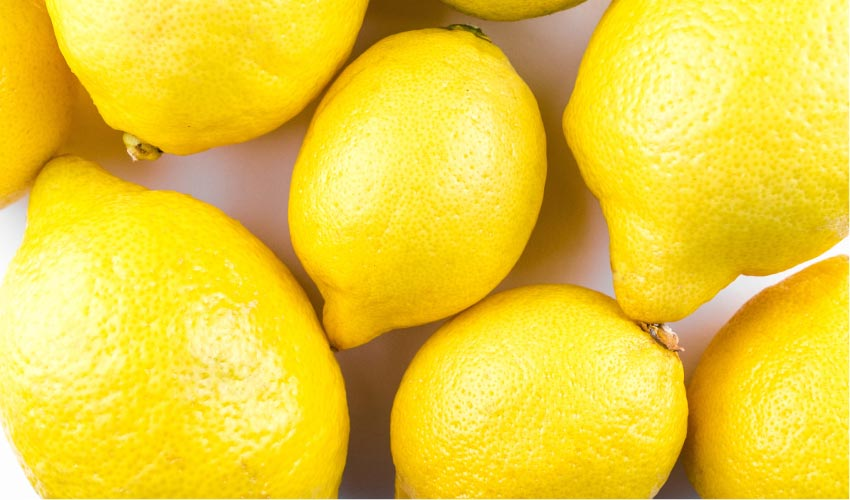 grouping of whole lemons